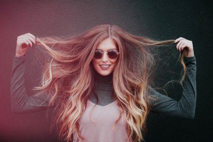 La tendencia de coloración Money Piece hair